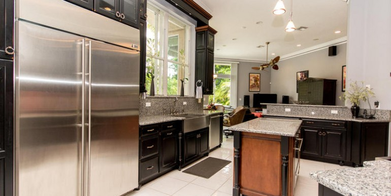 11781 NW 9th Street Plantation-MLS_Size-015-Kitchen-800x600-72dpi