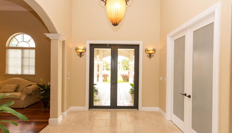 5800 SW 198th Terrace-MLS_Size-022-Entry Detail-800x600-72dpi