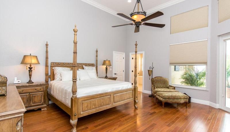 5800 SW 198th Terrace-MLS_Size-041-Master Bedroom-800x600-72dpi