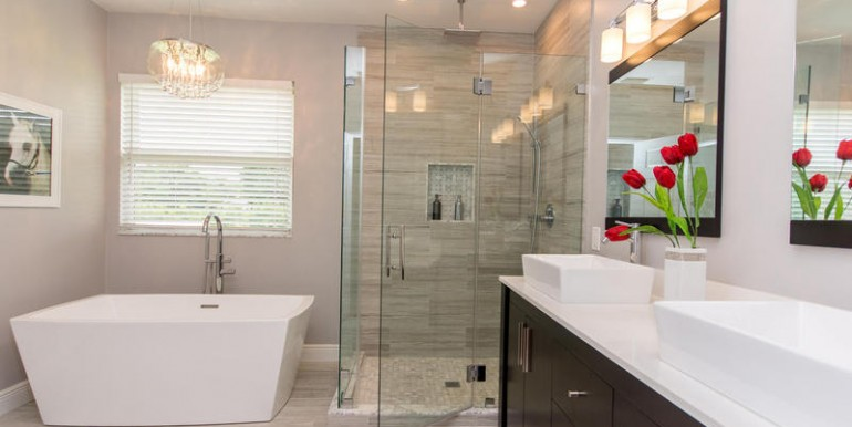 5800 SW 198th Terrace-MLS_Size-044-Master Bath-800x600-72dpi