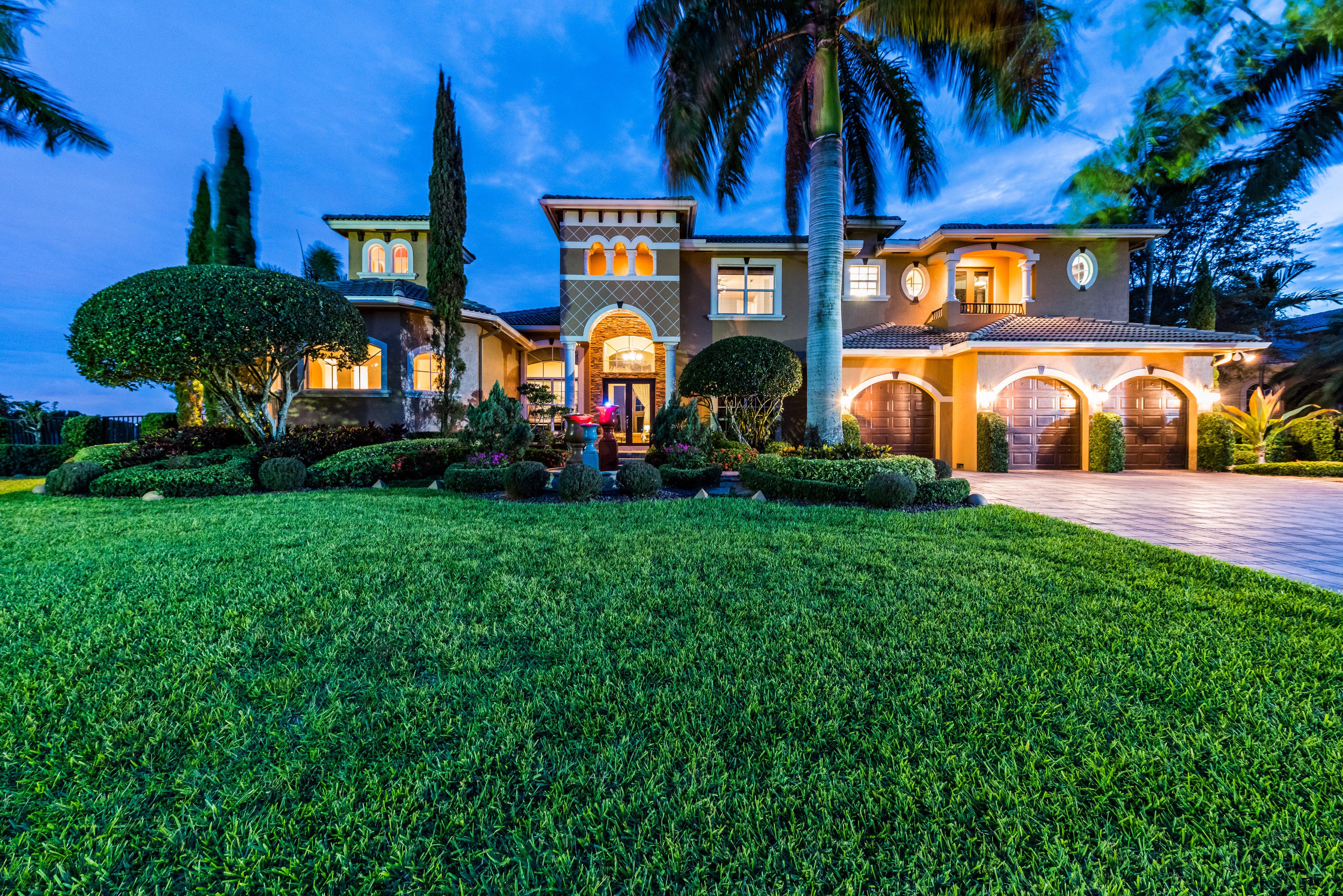 3077 LAKE RIDGE LANE – WESTON, FL