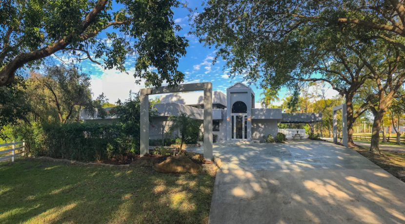 2280 SW 154 AVE - FRONT