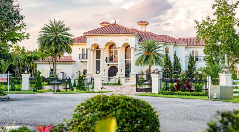5900 Estates Dr Southwest-002-002-DSC0775Edit-MLS_Size