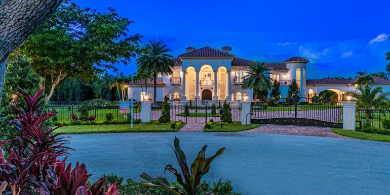 5900 Estates Dr Southwest-006-007-DSC0798Edit-MLS_Size